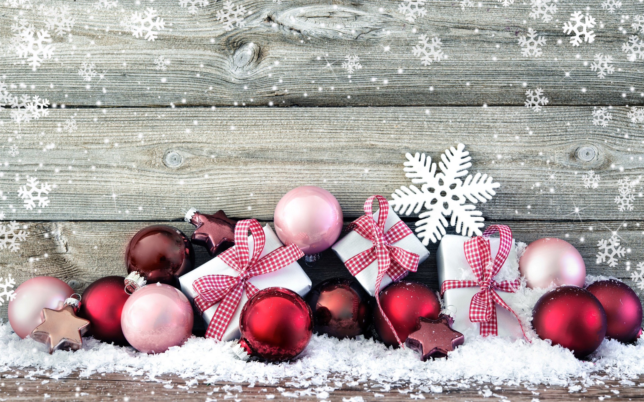 Red Christmas Decorations Wooden Wall Snow Desktop Wallpaper 2560x1600