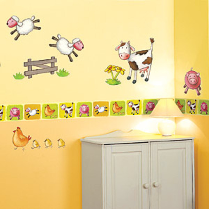 Farm Animals Wallpaper Border with Sheep Ducks pigs and cows 700x700