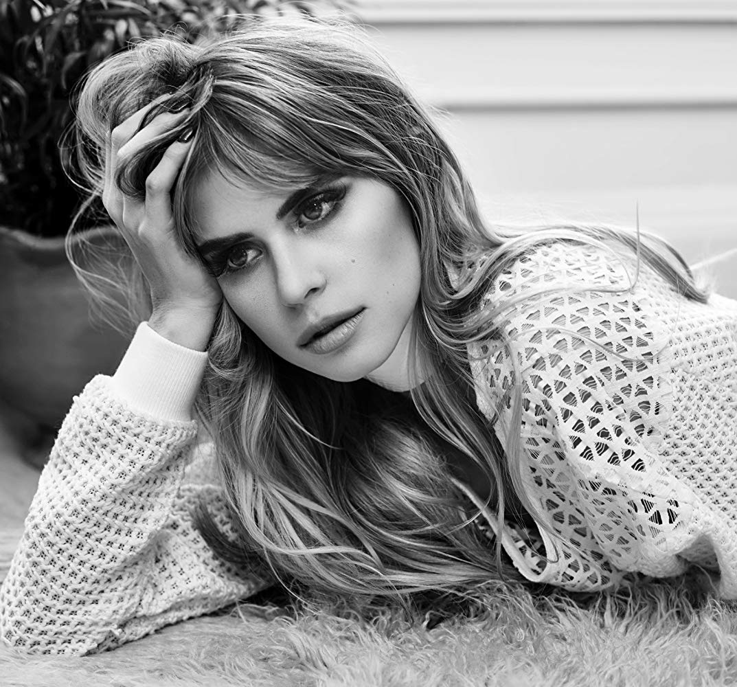 Carlson Young 1073x1000