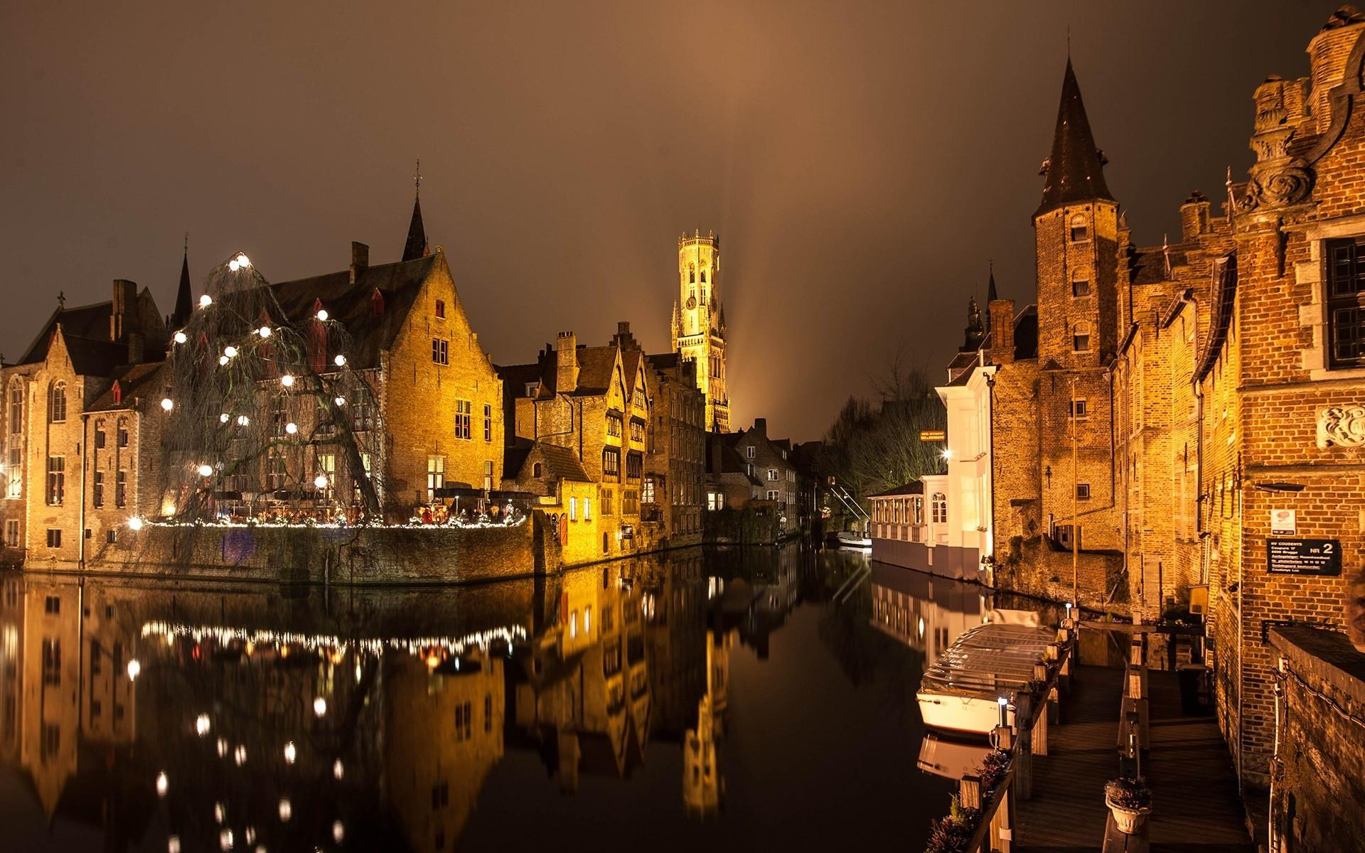 HD Brugge Night Lights Buildings Water Canal Reflection HD 1080p 1920x1200