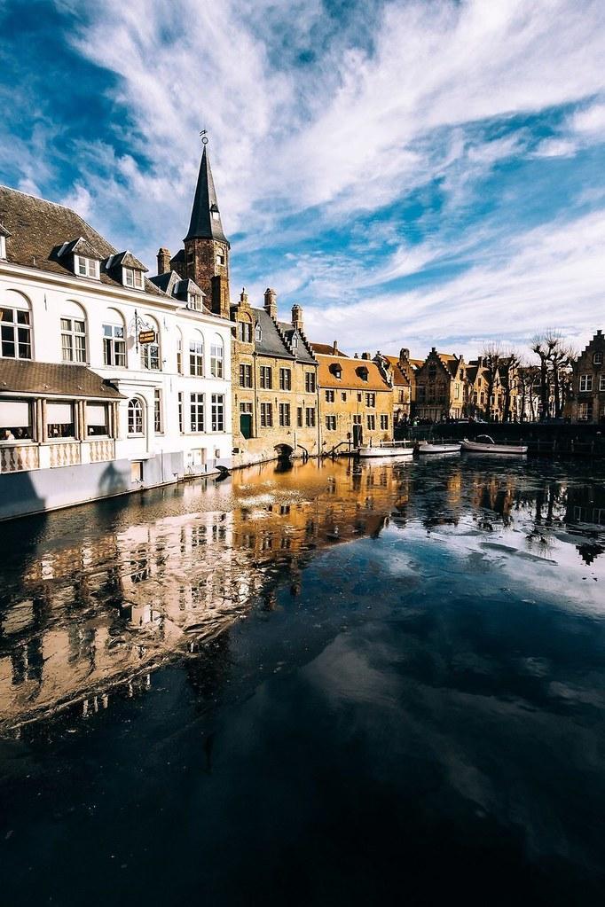 Wallpaper Brugge Belgium collinbaptiste40 Flickr 682x1023