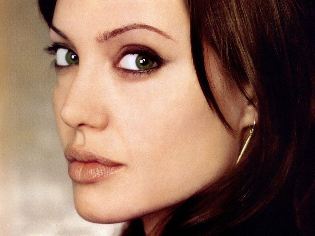 Angelina Jolie Wallpaper HD Wallpapers 1024x768