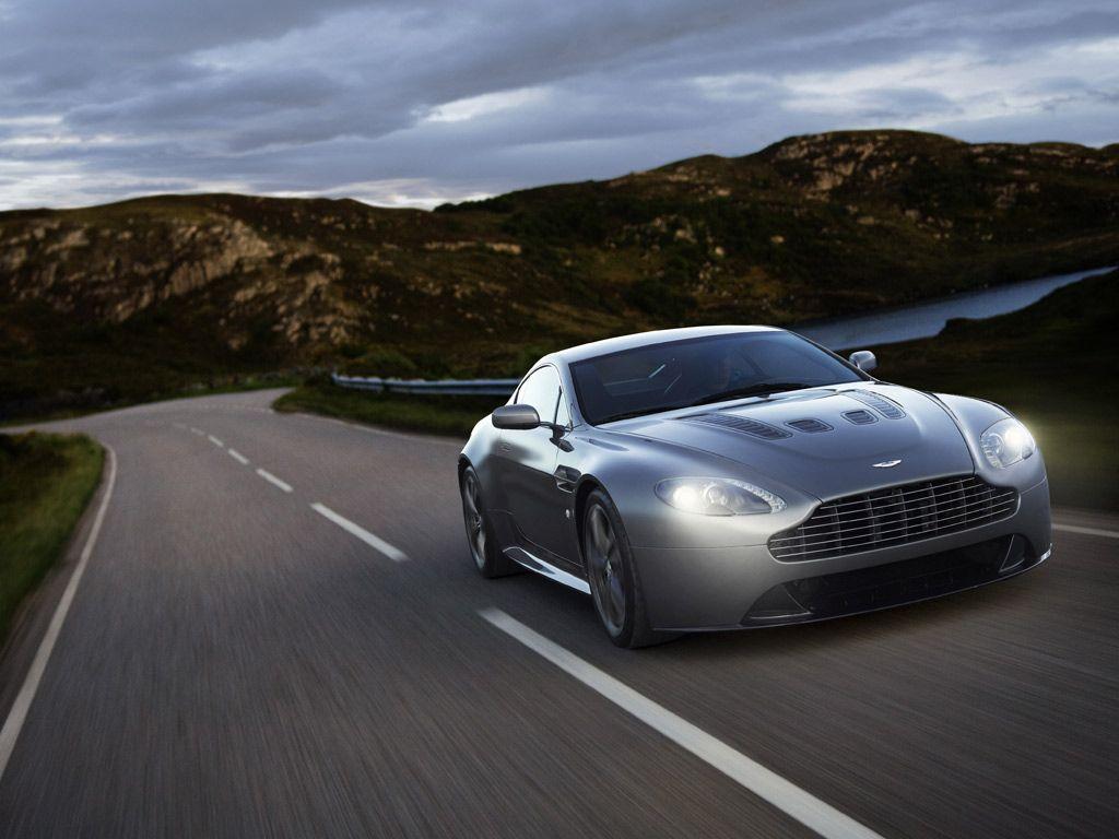 Aston Martin V12 Vantage Wallpapers and Background Images   stmednet 1024x768