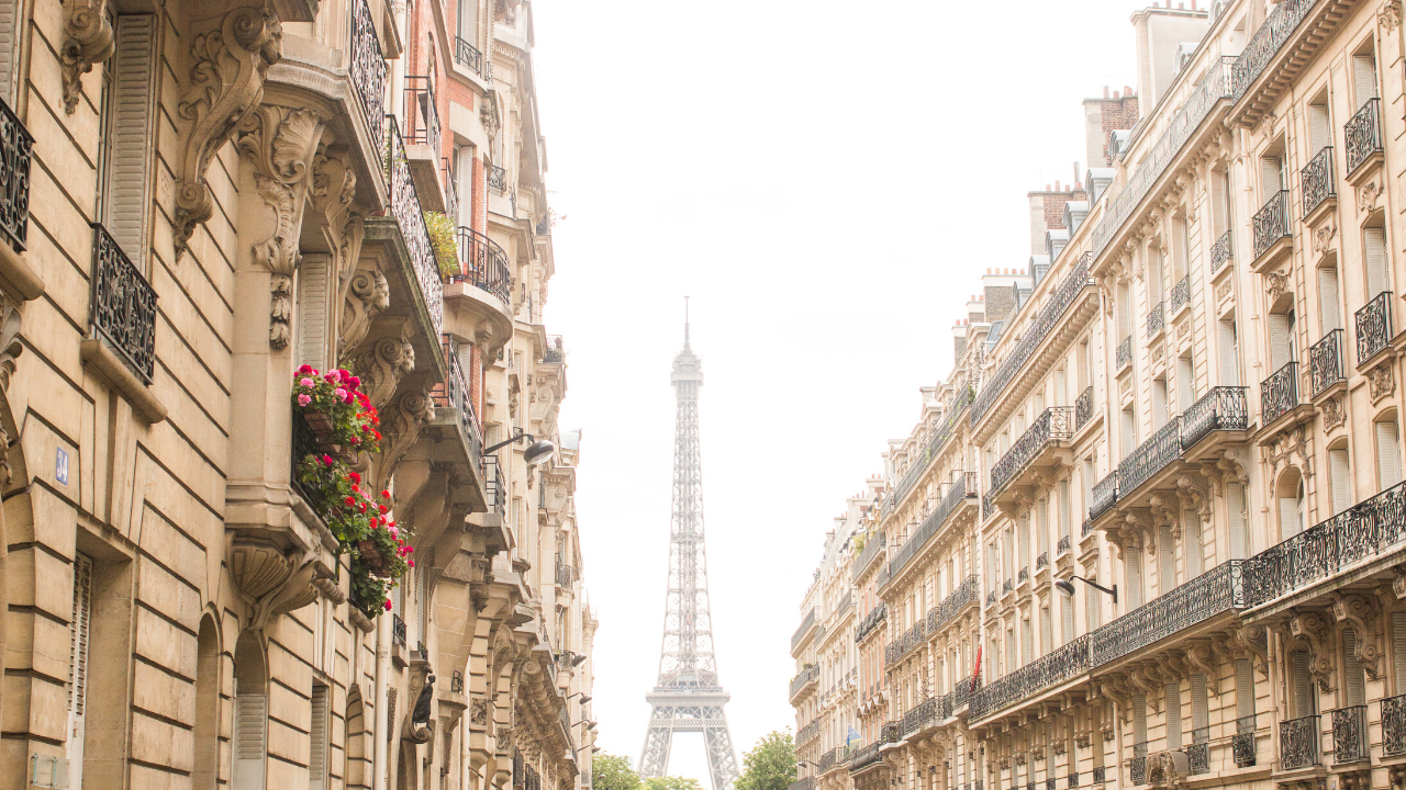Paris Zoom Backgrounds Every Day Parisian 1280x720