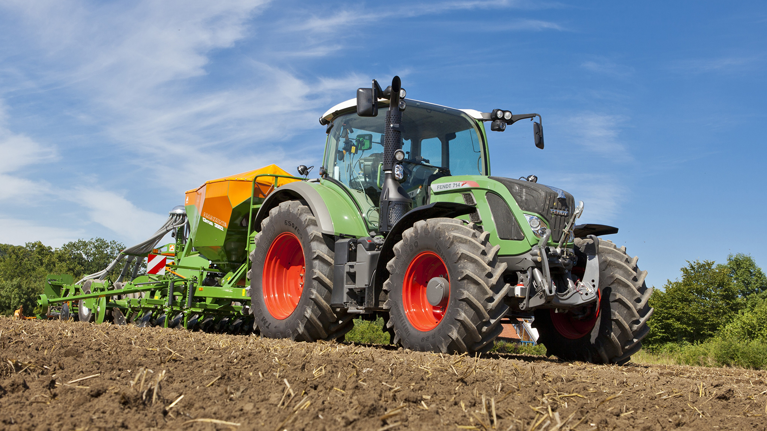 Image Agricultural machinery Tractor 2011 17 Fendt 714 2560x1440 2560x1440