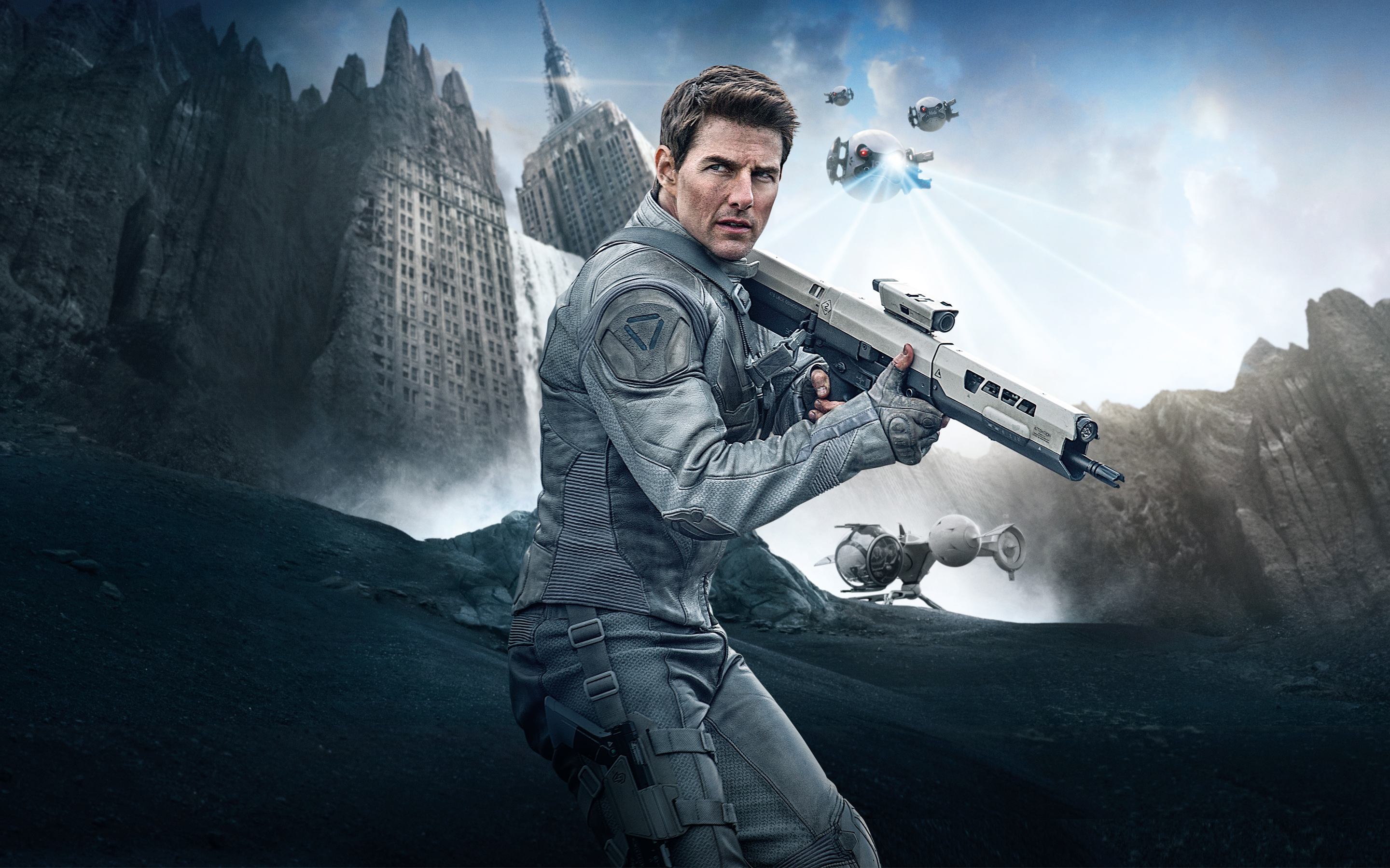 Tom Cruise in Oblivion 4150900 2880x1800 All For Desktop 2880x1800