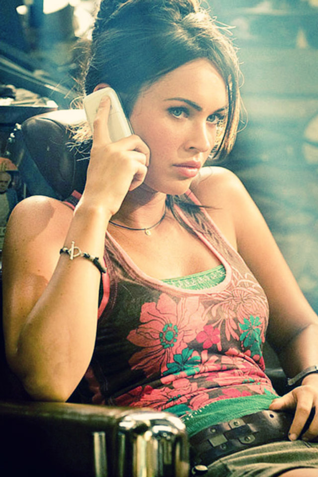 Latest iPhone Wallpapers Megan Fox Make Up Newest Wallpapers Recent 640x960