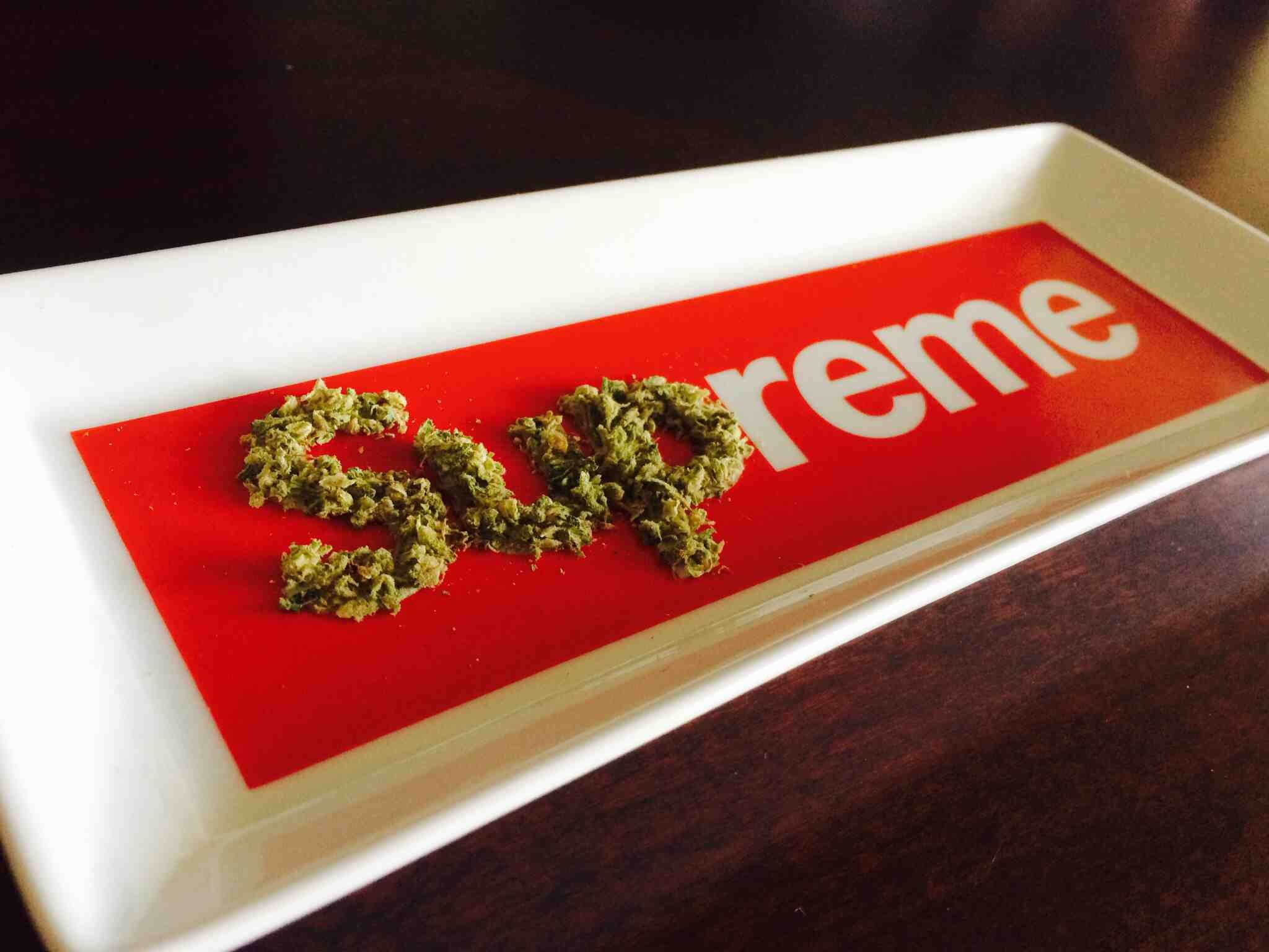 supreme weed wallpaper wallpapers trendingspace 2048x1536