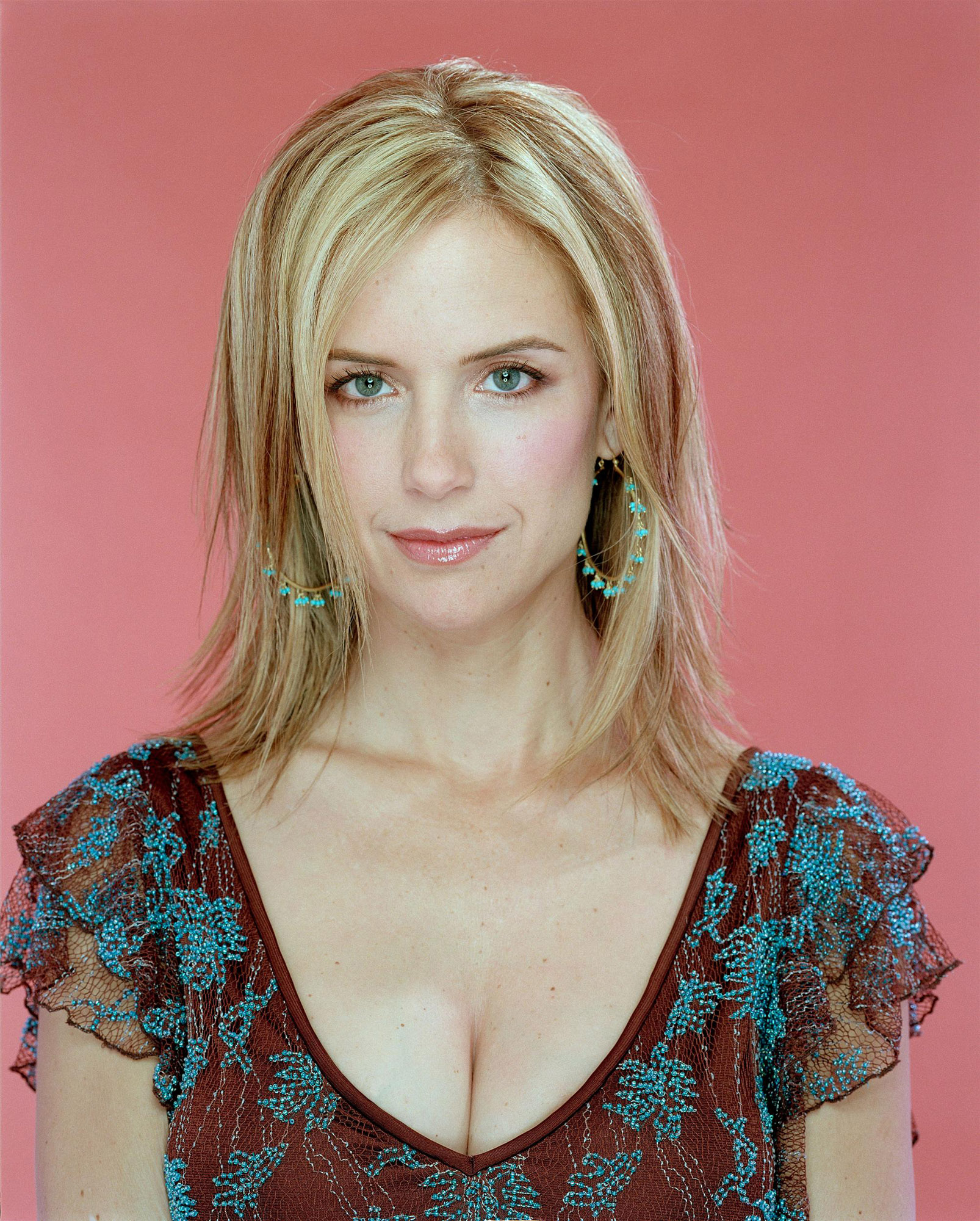 Kelly Preston photo 4 of 44 pics wallpaper   photo 43138   ThePlace2 1606x2000