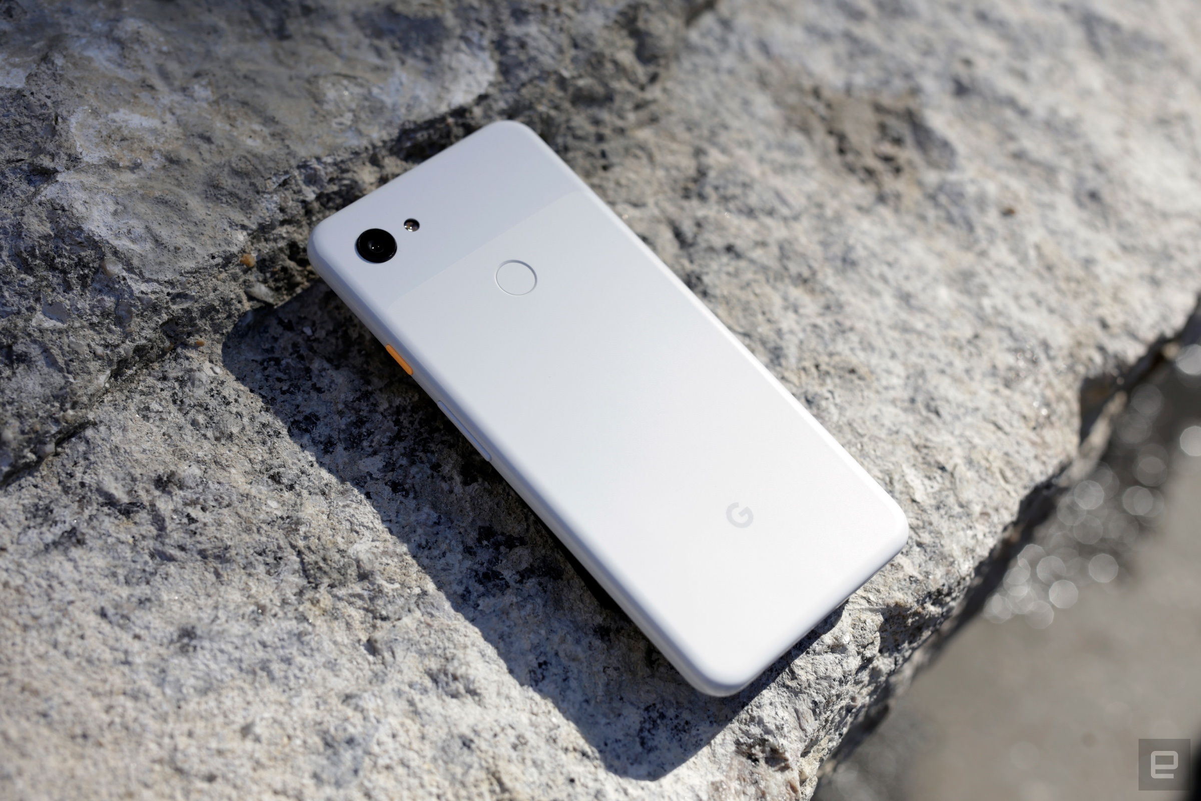 Image bricks some Android phones when used as wallpaper Engadget 2400x1600