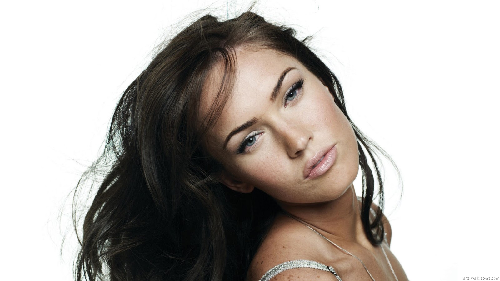 Chatter Busy Megan Fox Hd Wallpapers 1600x900