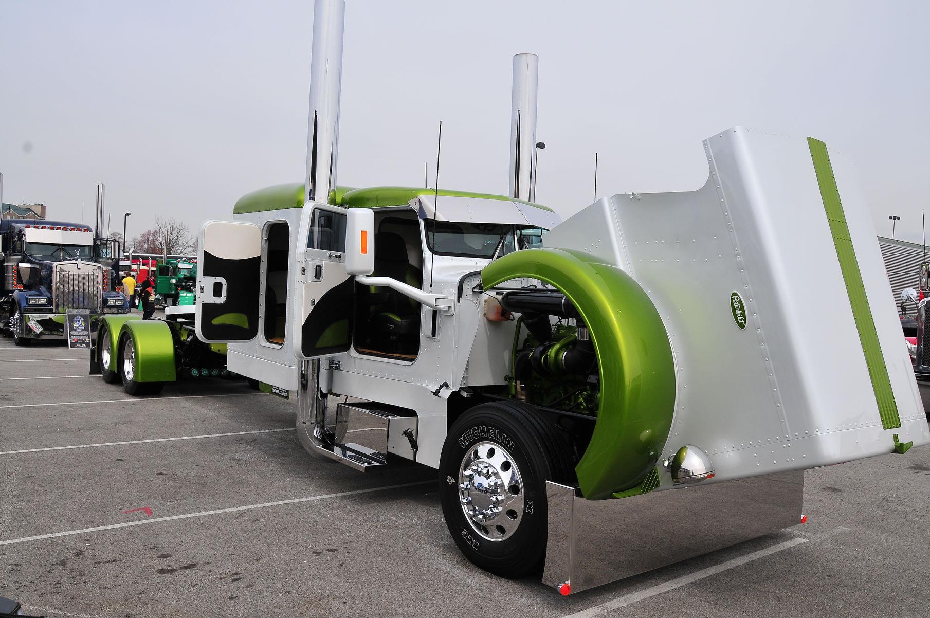 Custom big rig truck wallpaper 1809x1202 67225 WallpaperUP 1809x1202