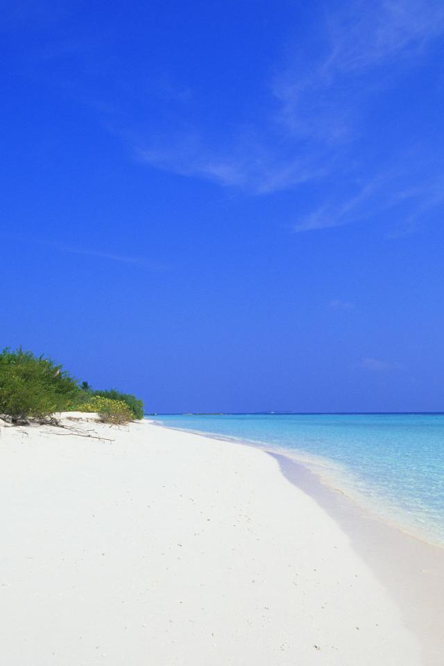Coastal Beach | Simply beautiful iPhone wallpapers