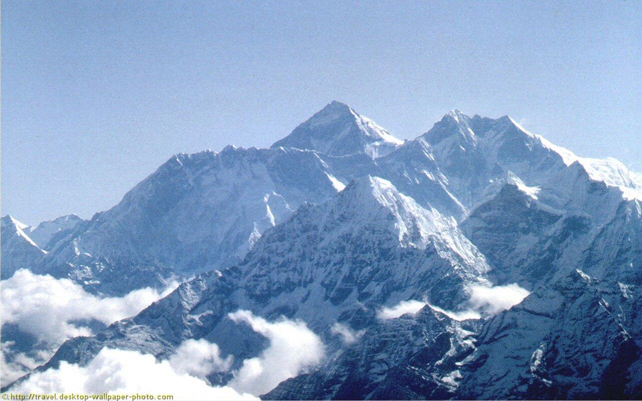 Mount Everest picture   desktop wallpaper photo 1280x800