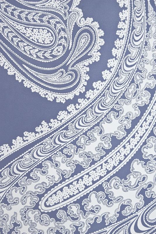 Paisley Wallpaper Large design Paisley print wallpaper in french blue 534x801