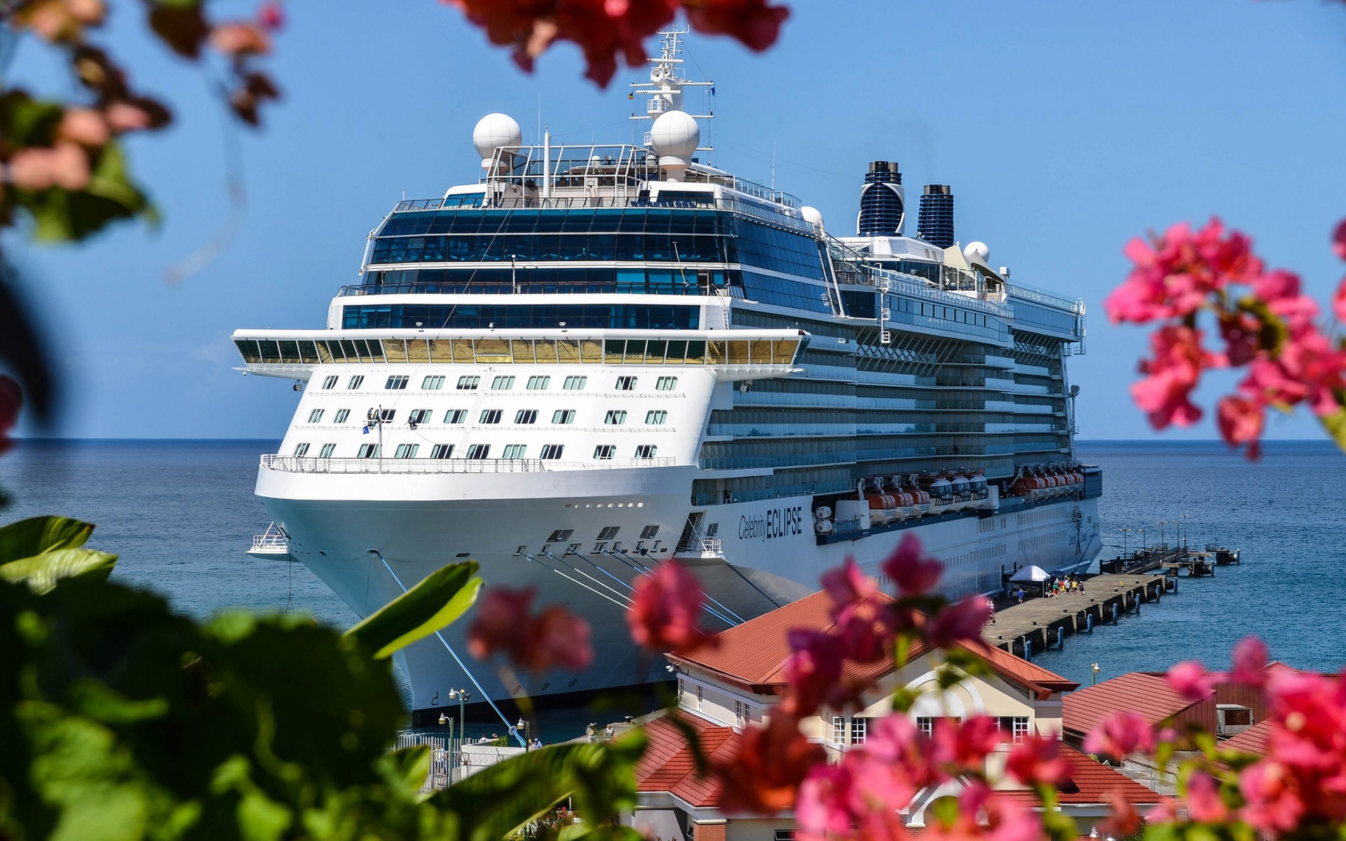 Celebrity cruise ship summit schedule