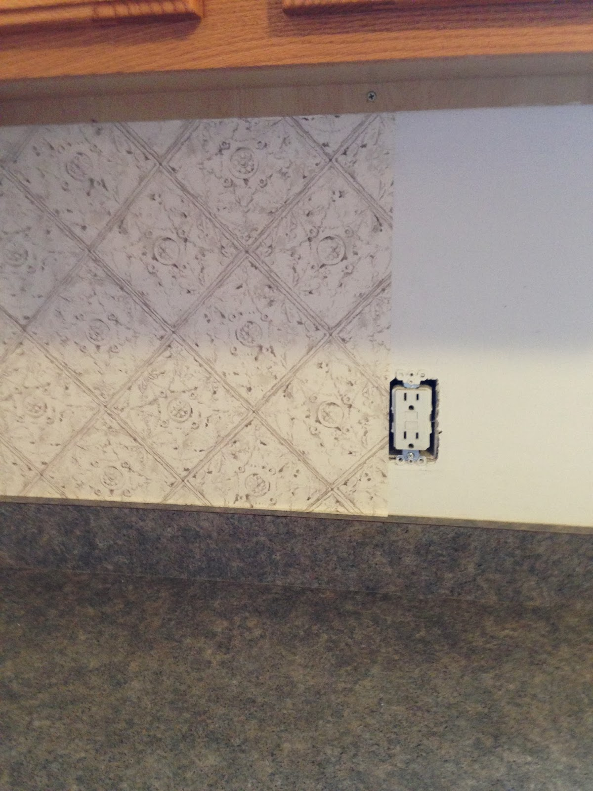 Thrifty Treasures Update a kitchen with a wallpaper backsplash 1200x1600