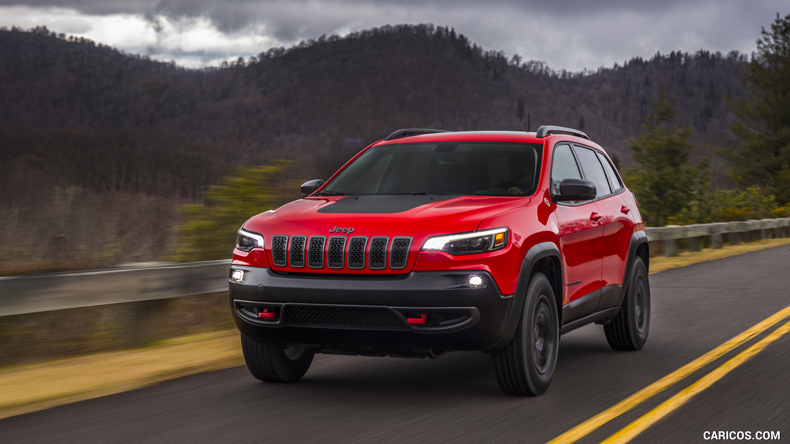 2019 Jeep Cherokee Trailhawk   Front HD Wallpaper 1 2560x1440