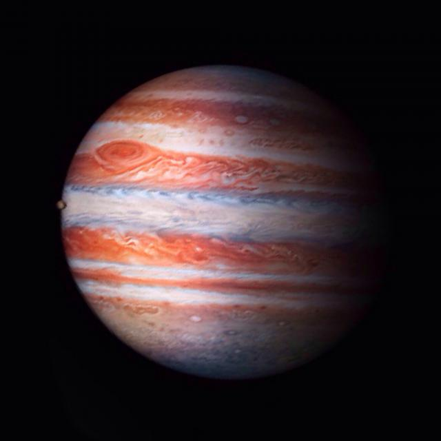 know someone has the Jupiter wallpaper   iPhone iPad iPod Forums 640x640