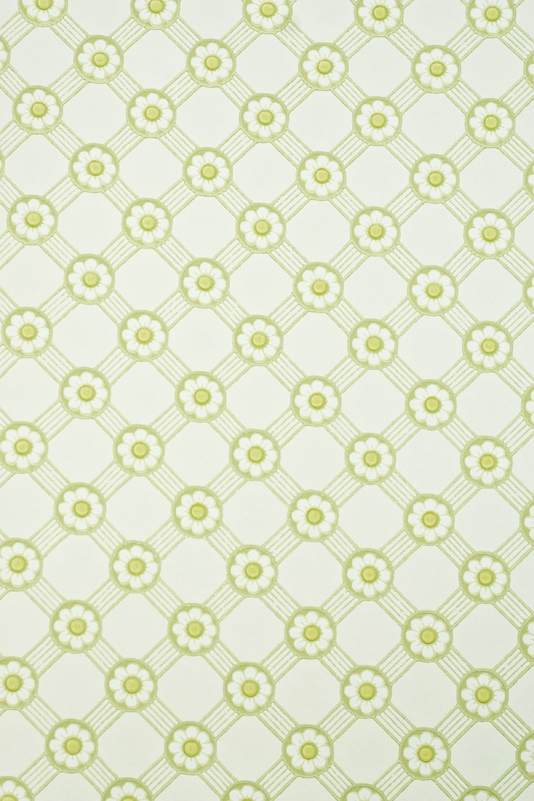 wallpaper with AsparagusLeaf green and bright yellow Rosette trellis 534x801