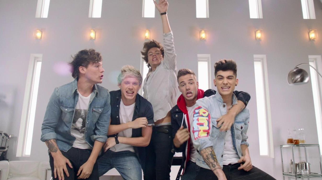 One Direction   Best Song Ever Lyrics MetroLyrics 1344x755