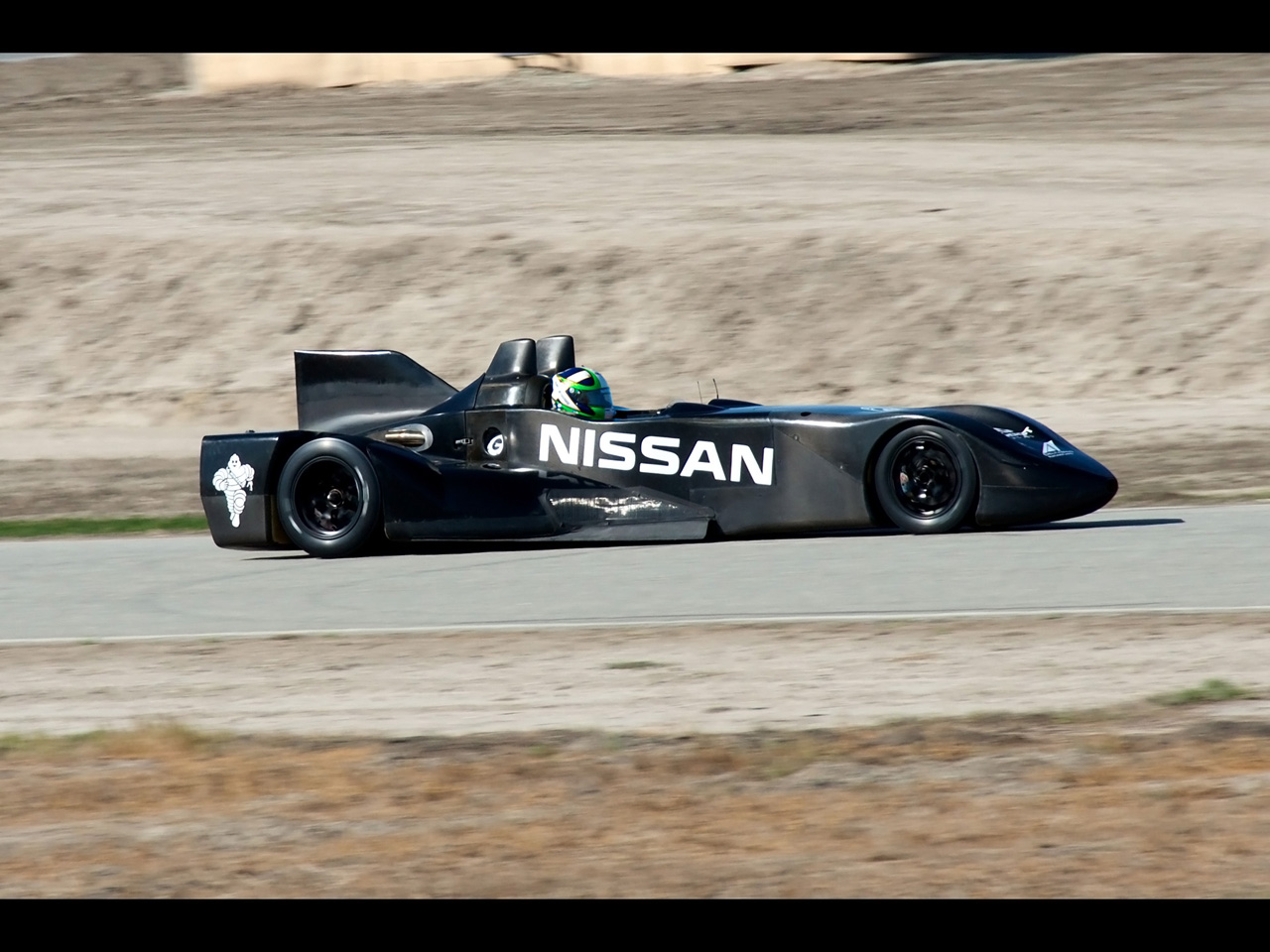 2012 Nissan DeltaWing Le Mans Race Car   Moving   1280x960   Wallpaper 1280x960