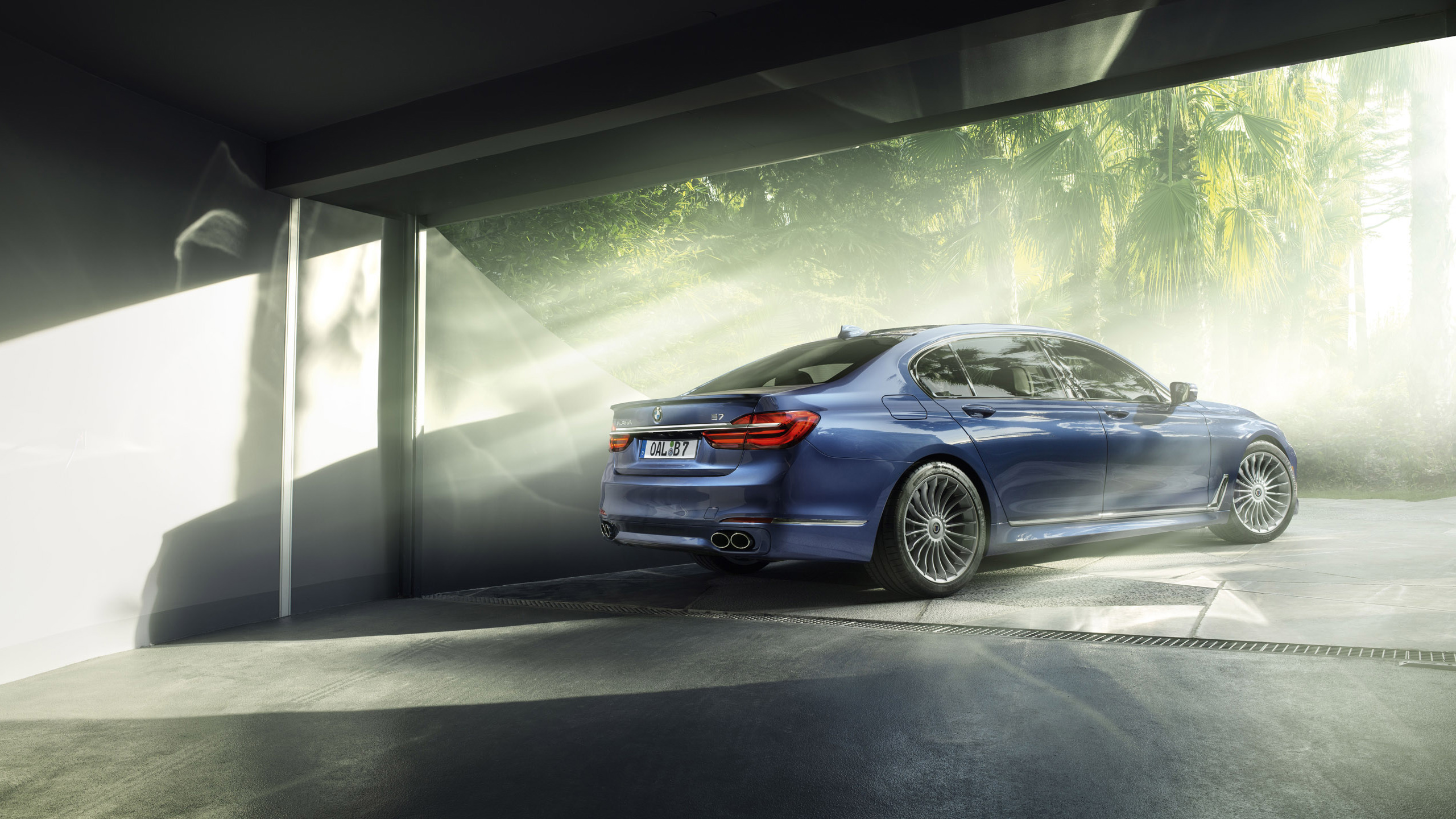 2016 BMW Alpina B7 Bi Turbo Rear Wallpaper HD Car Wallpapers 2560x1440