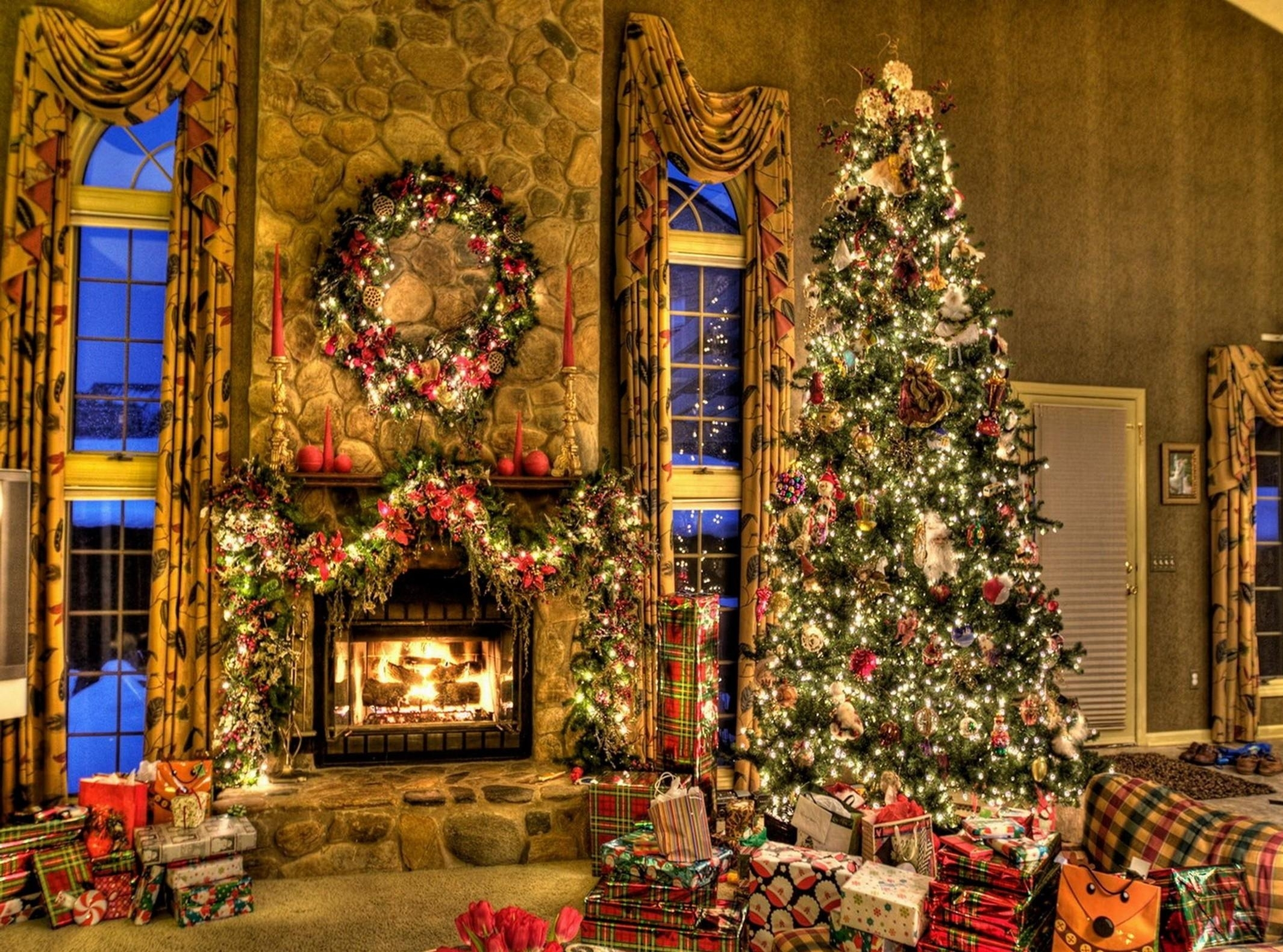 Christmas Tree and Fireplace   Wallpapers Pictures Pics Photos 2130x1580