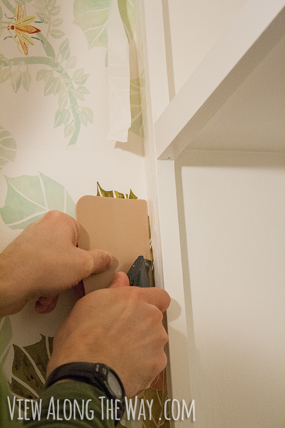 how to trim wallpaper edges 580x870
