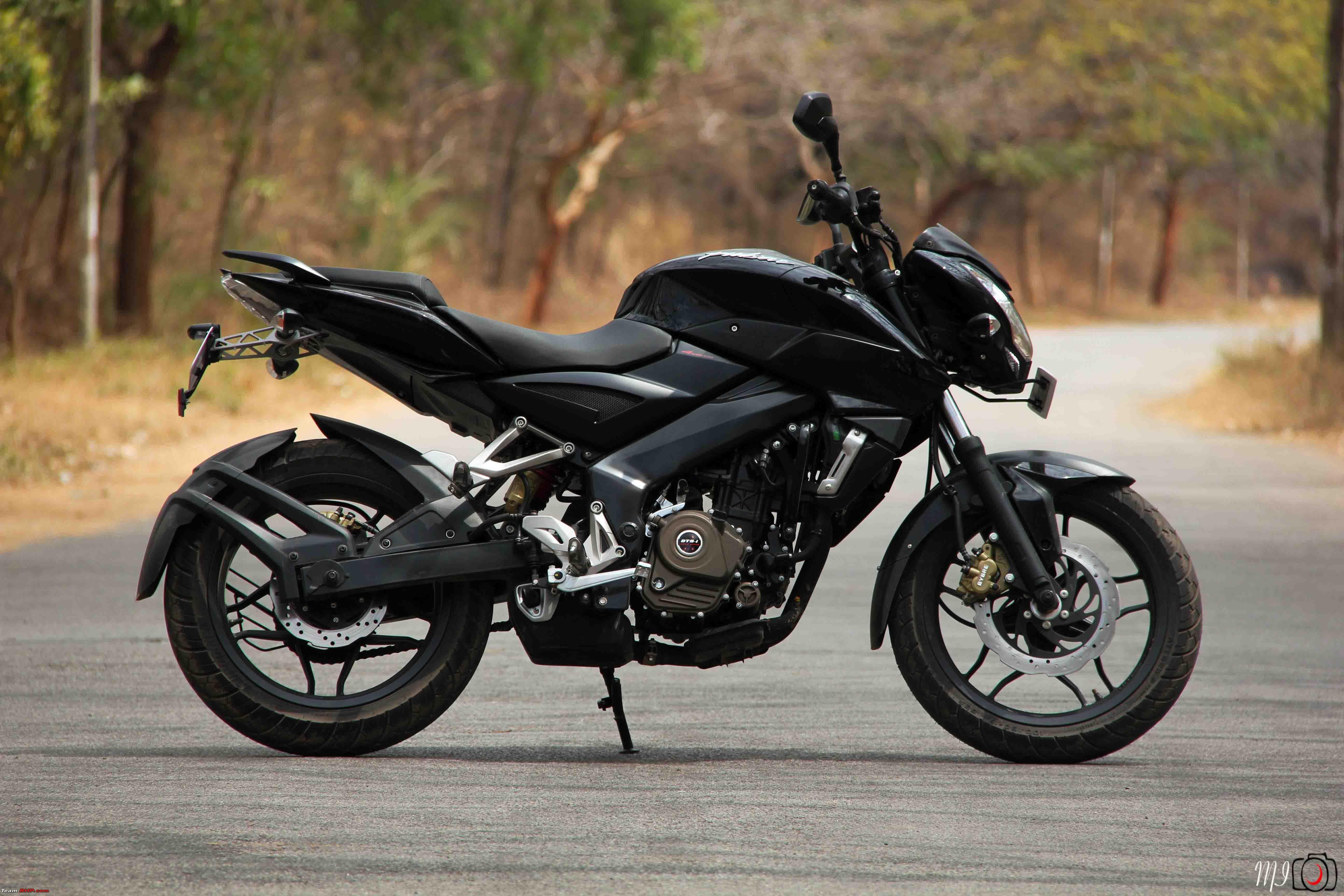 2017 Bajaj Pulsar NS200 First Ride Review - NDTV CarAndBike