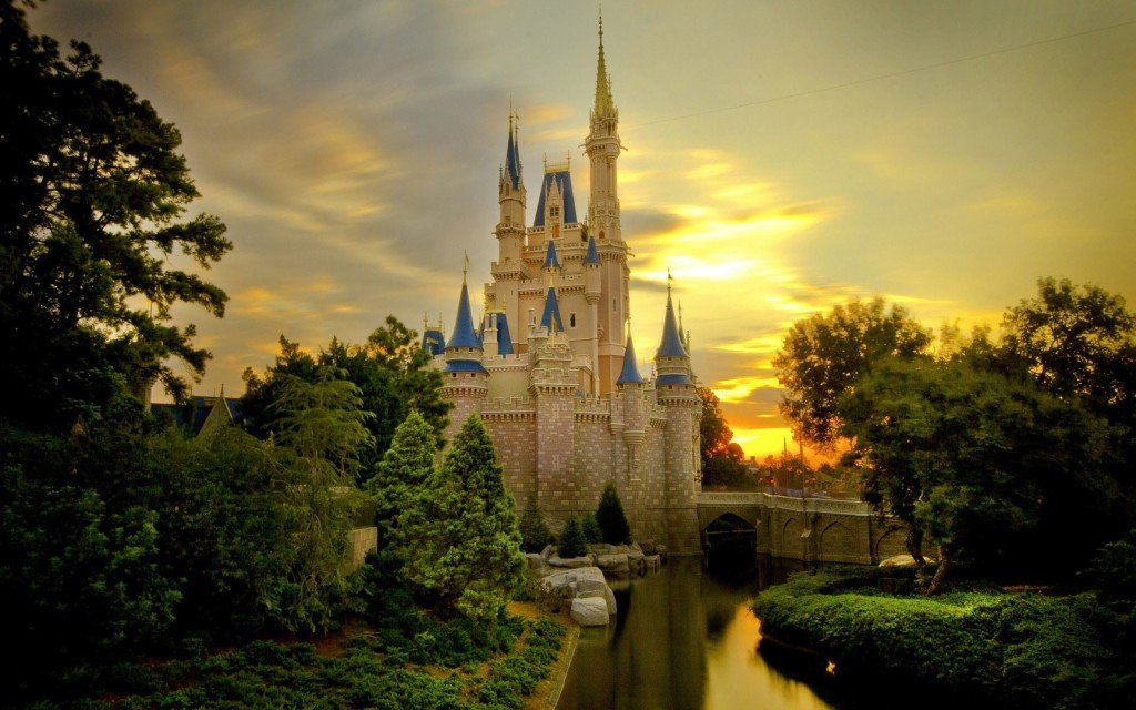 Cinderella Castle wallpaper World Wallpaper Disney Wallpaper 1024x640