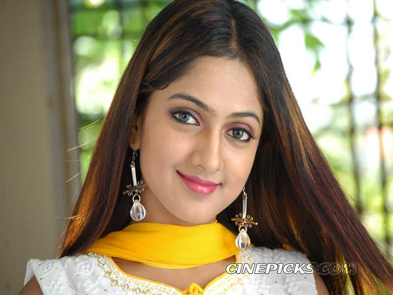 Actress sheela wallpaper 1 800x600