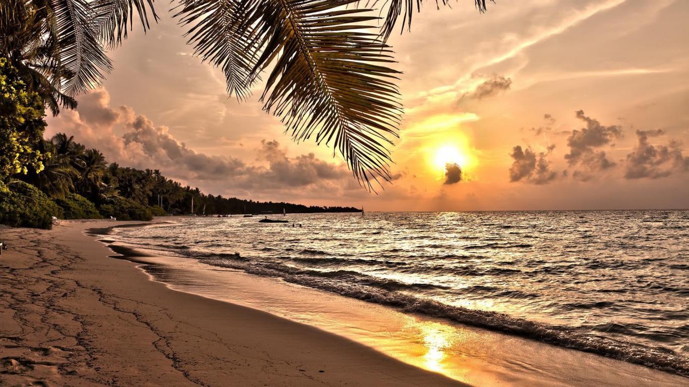 Hawaiian Beach Sunset Wallpaper Background: Tropical Beach Sunset Wallpaper Desktop