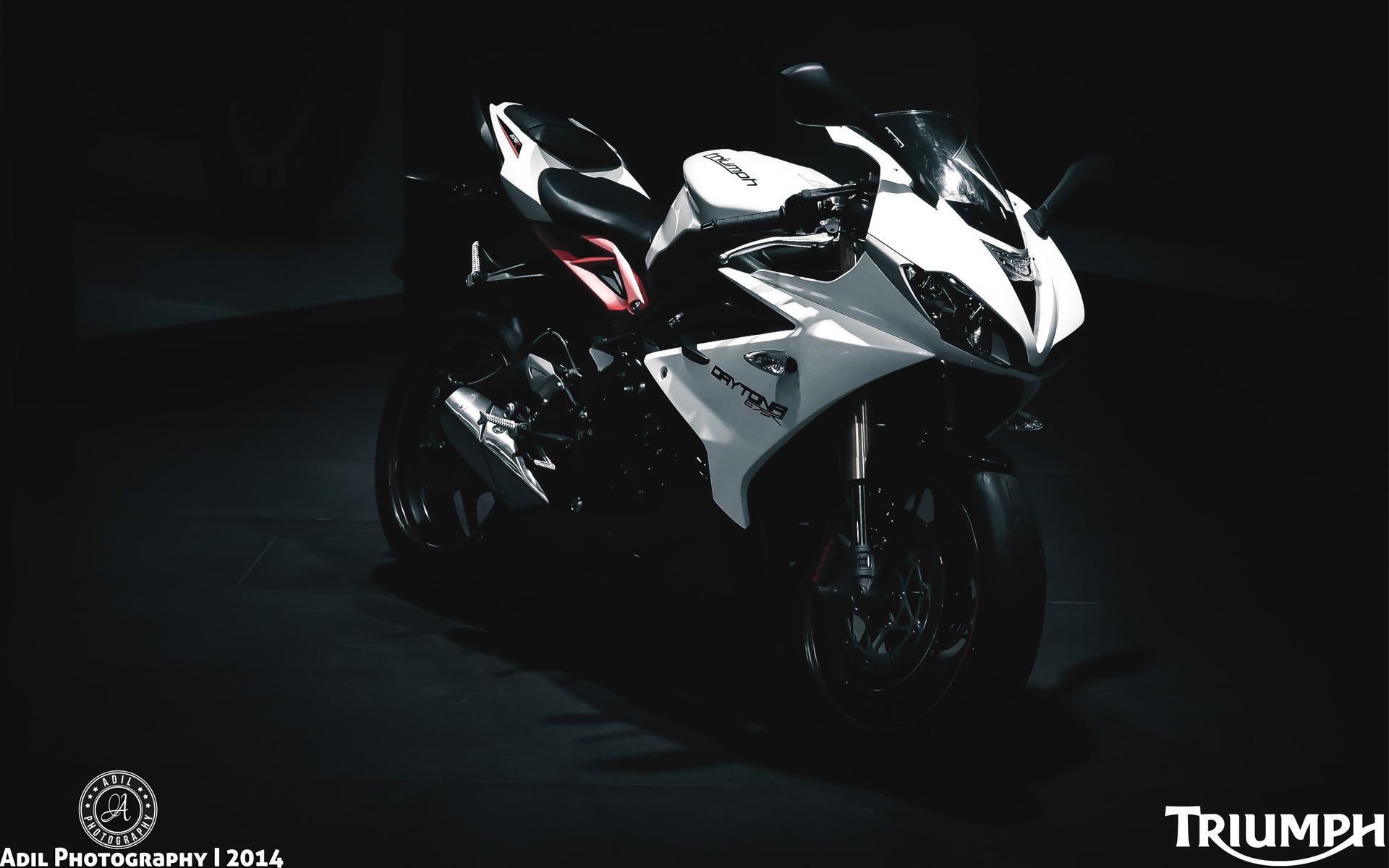 triumph daytona 675r motorcycle hd wallpaper 1920x1200 10748 1920x1200