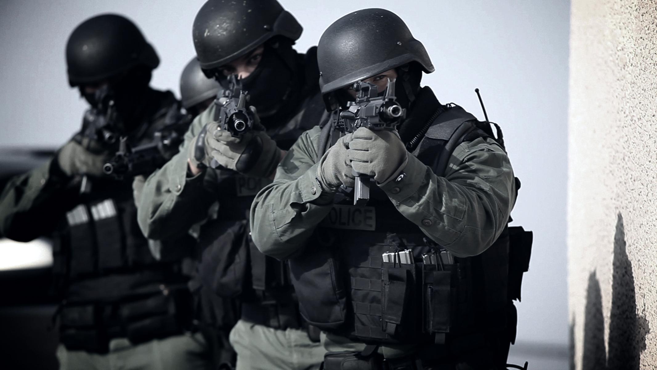 La Importancia De La Policia y SWAT   Taringa 2133x1200