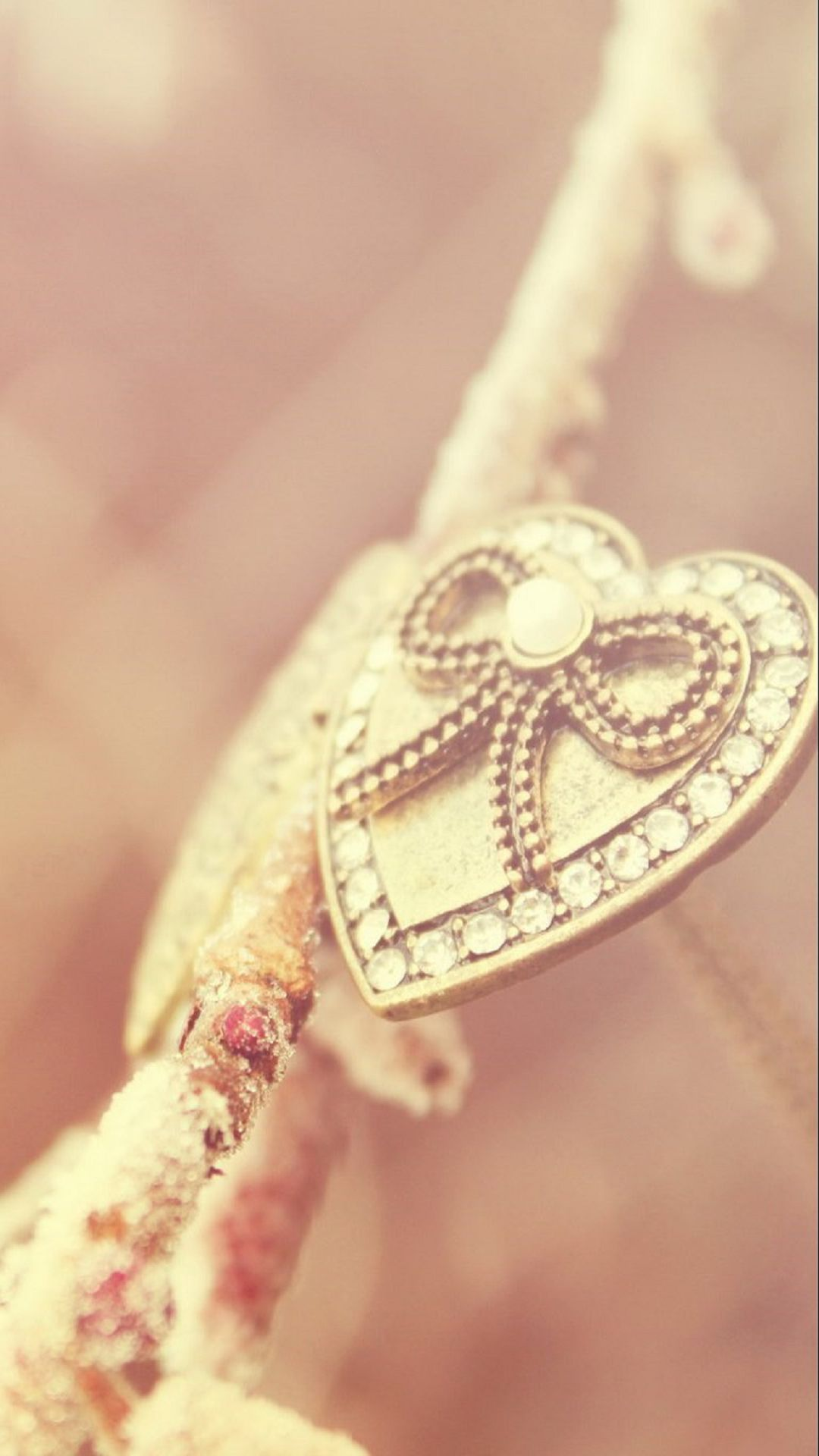 Necklace Gold Pink iPhone 6 Wallpaper Download | iPhone Wallpapers ...