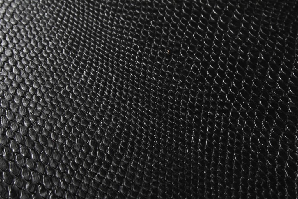 Black Snake Skin Wallp...