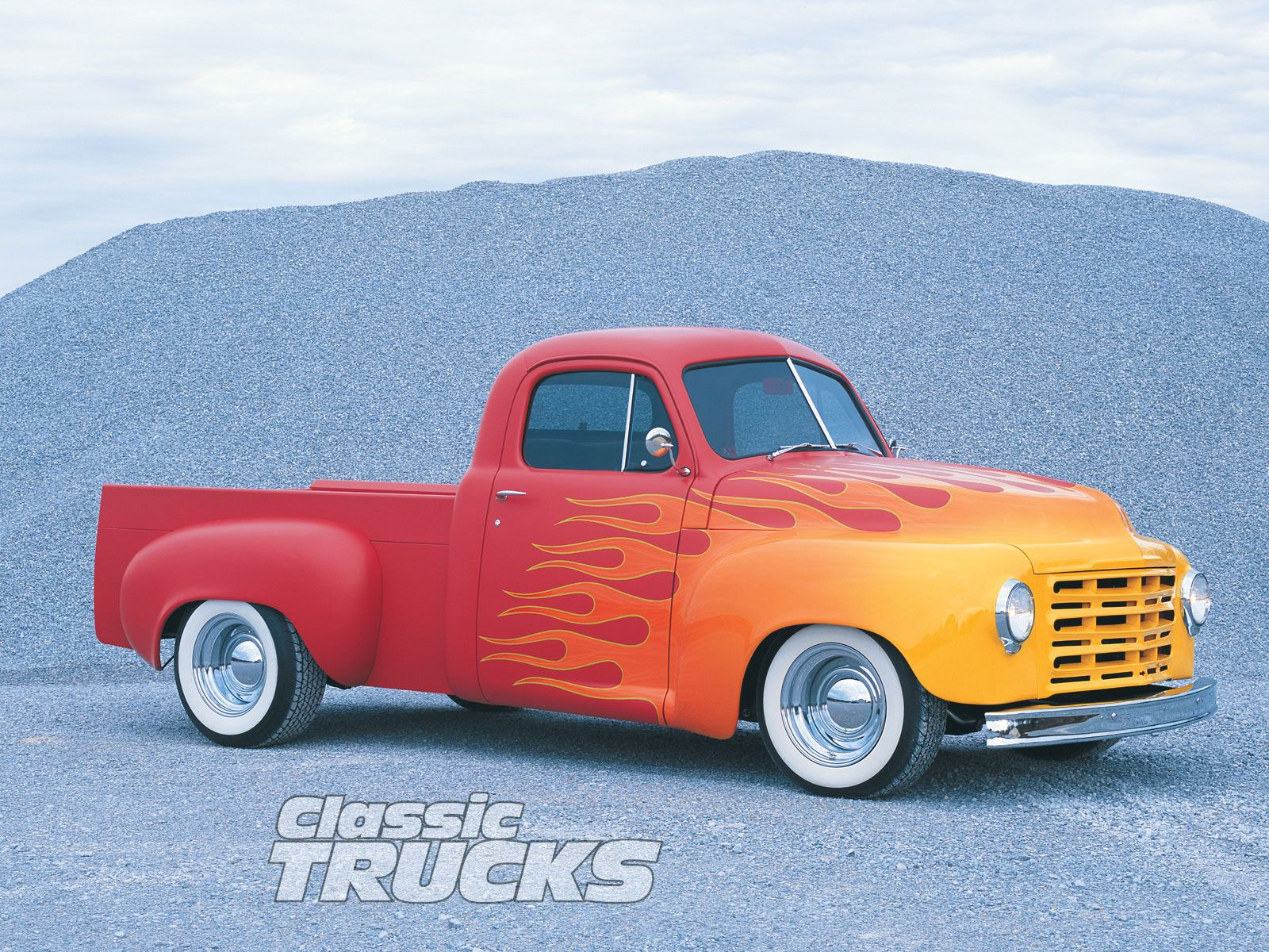 free desktop wallpapers 022 zclassic truck desktop wallpapers 1600x1200
