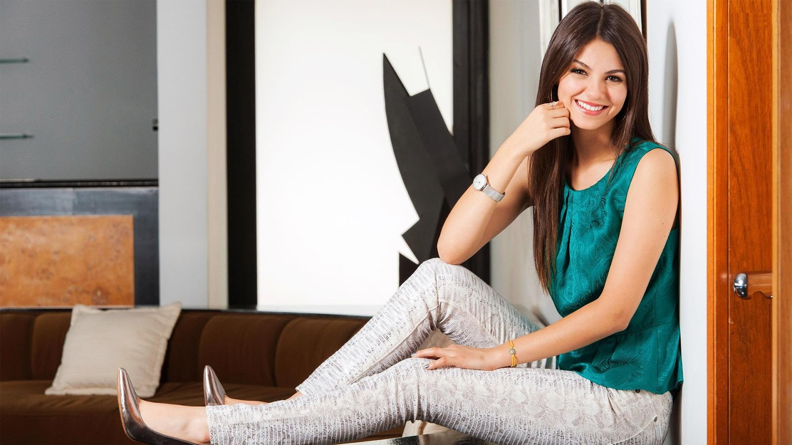 justice hd picturesvictoria justice hd wallpapersvictoria justice hd 1600x900