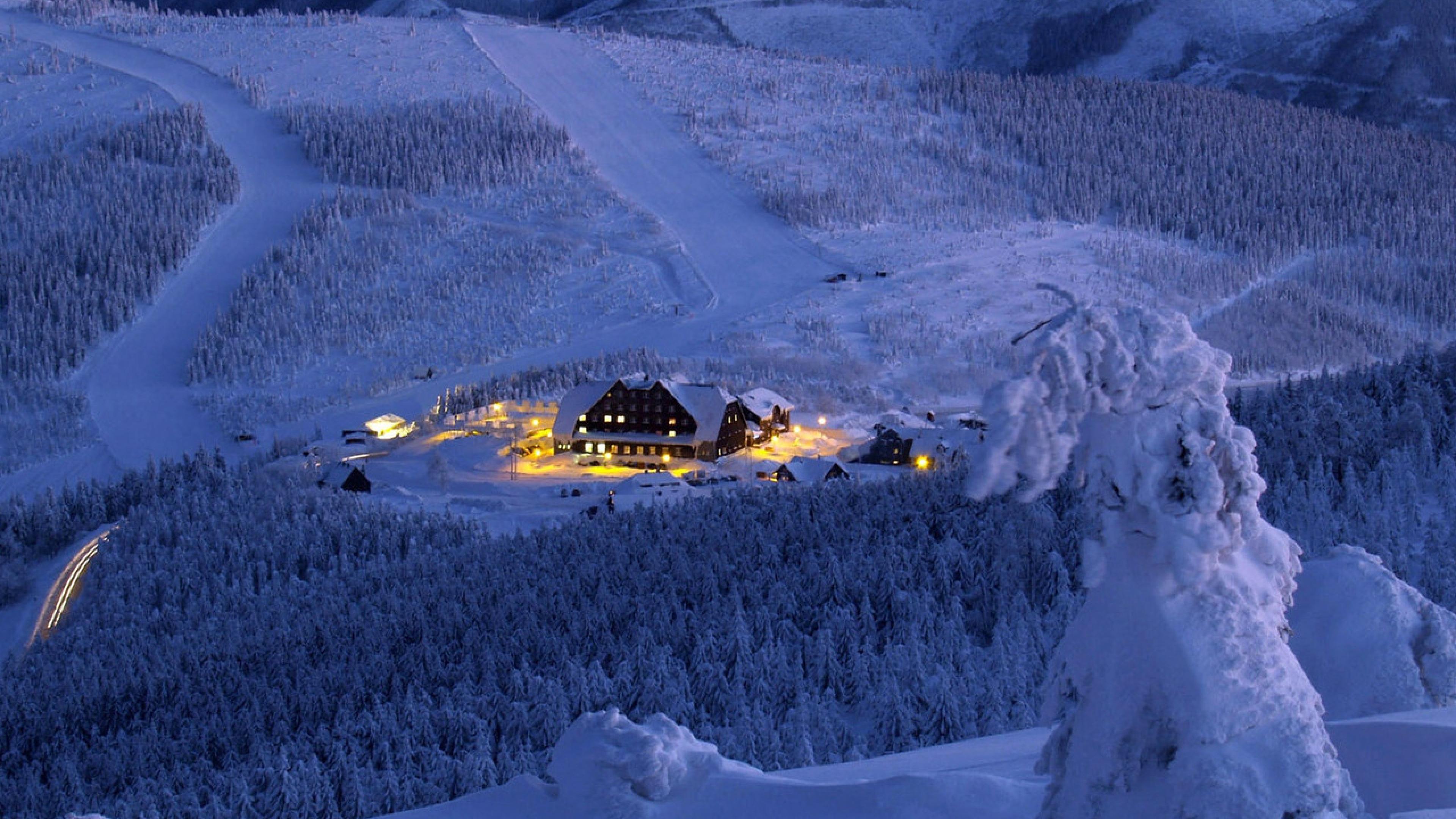 46 snowy hd wallpapers 3840x2160 on wallpapersafari for Sfondi invernali per desktop gratis