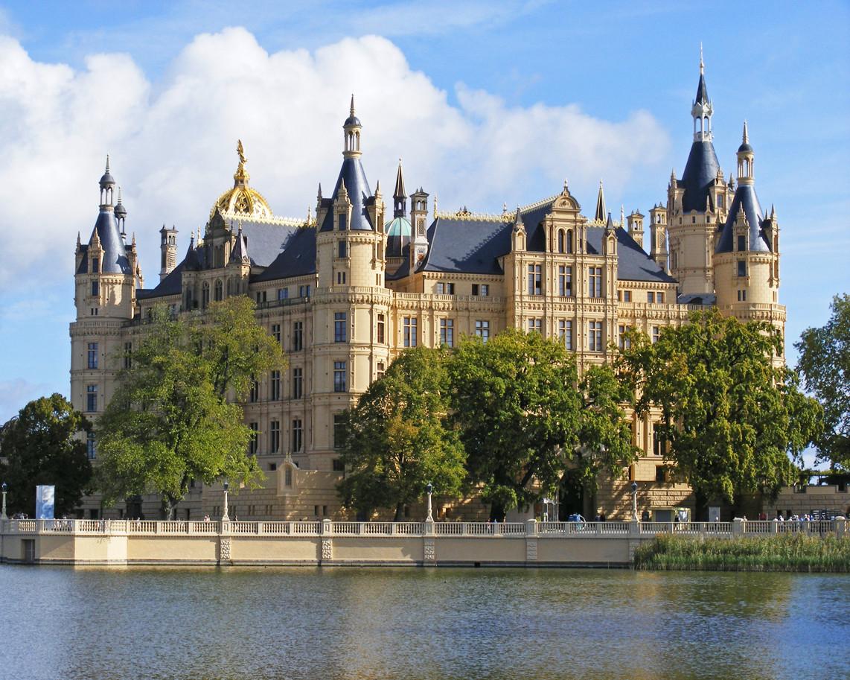 German Castle Amazing Places Pinterest 1142x913