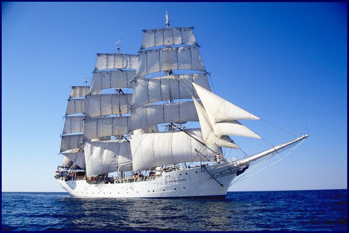 Clipper Ship Wallpaper Wallpapersafari