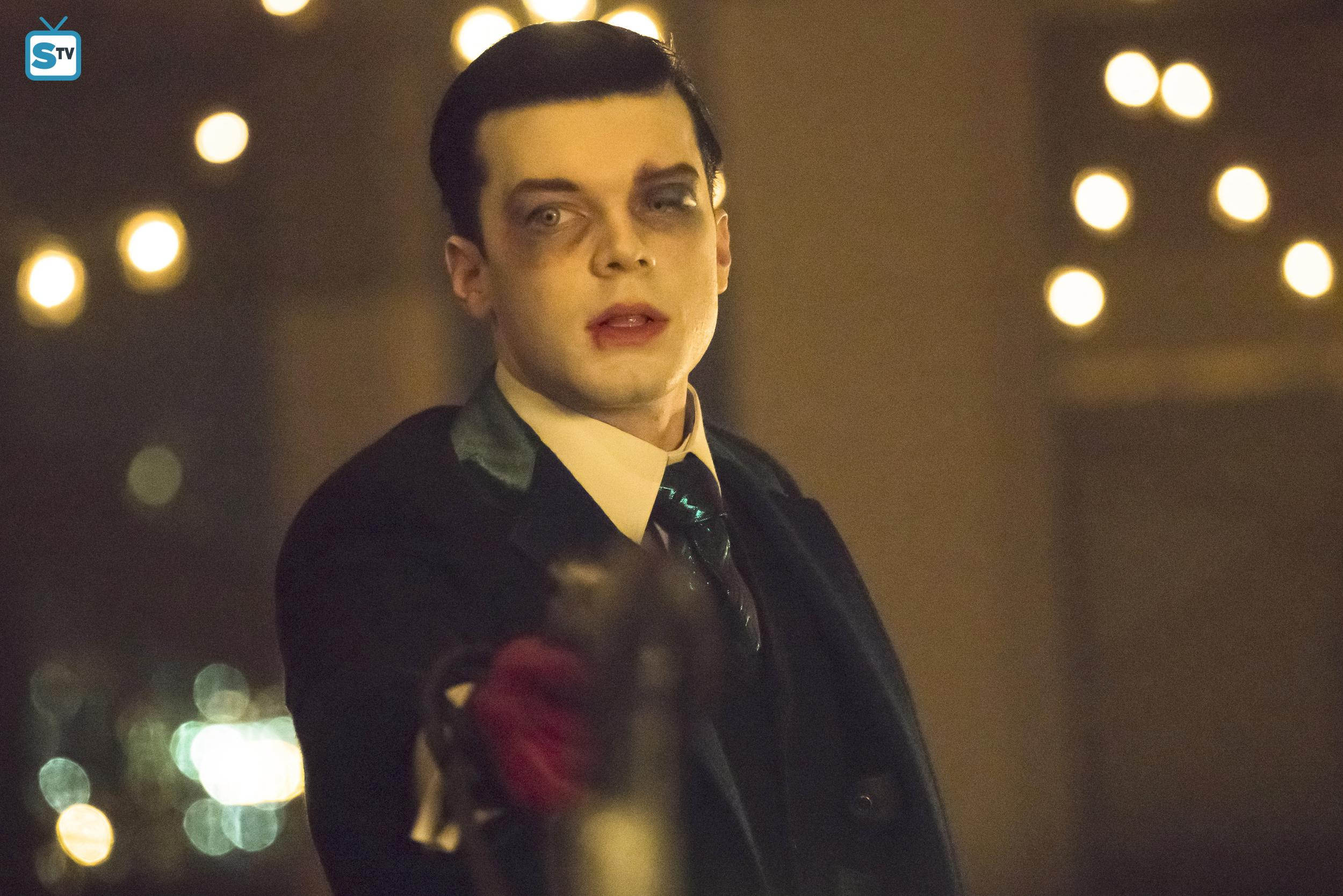 Gotham images 4x22   No Mans Land   Jeremiah HD wallpaper and 2500x1668
