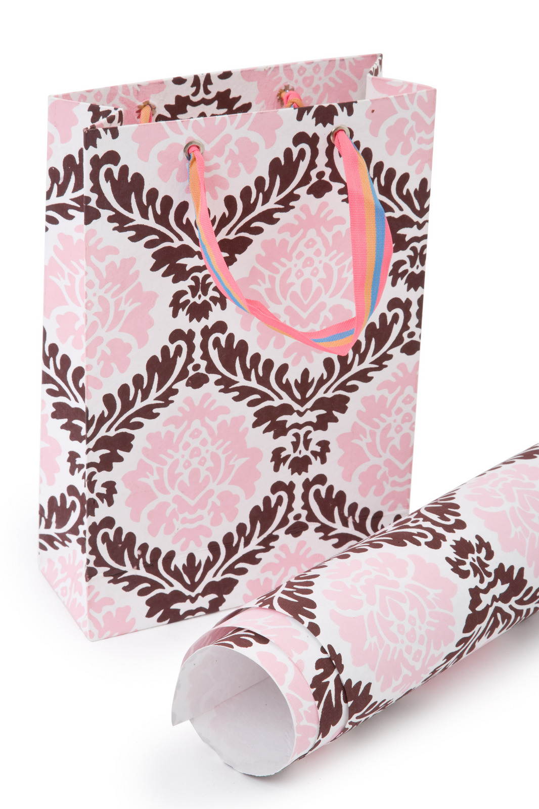 Pink And White Damask Wallpaper   HD Wallpapers Lovely 1066x1600