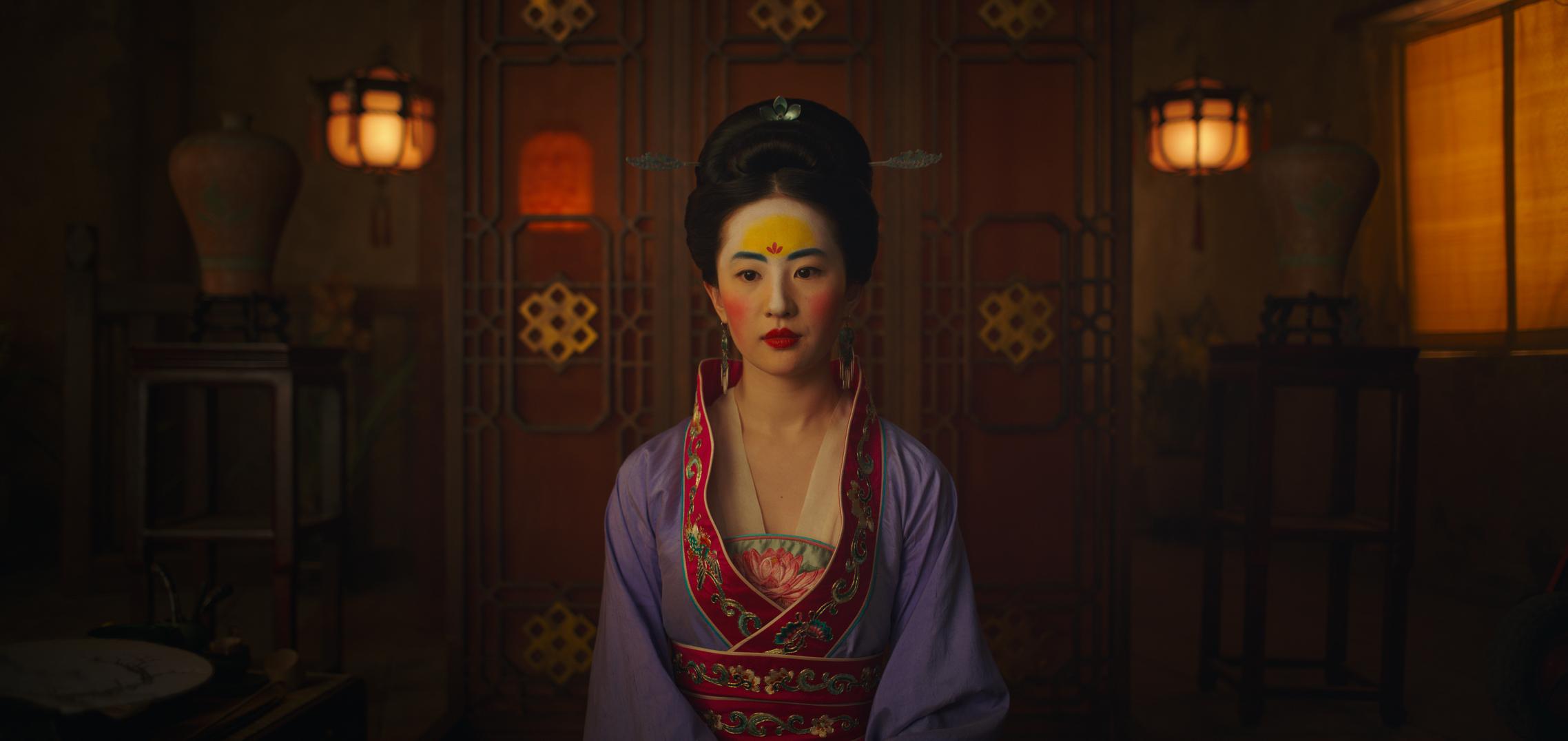 Disney Live Action Remake Mulan Unveils 14 New Images Poster 2276x1076