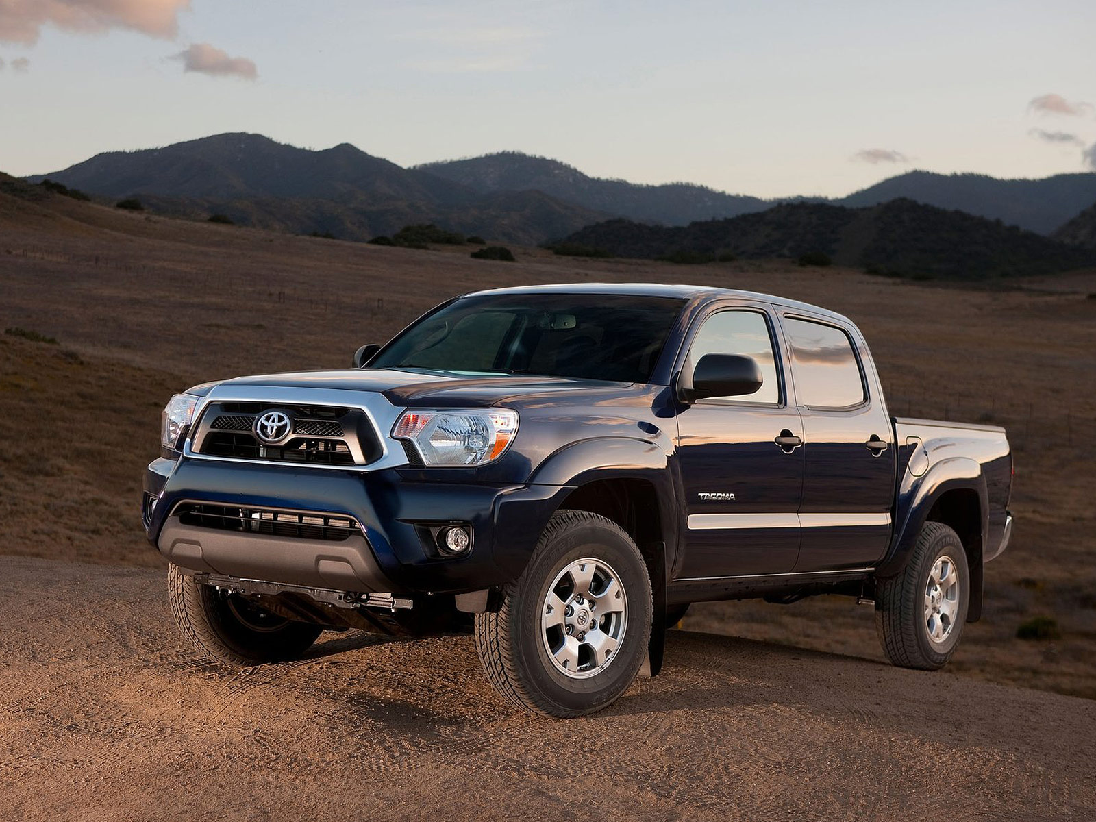 2012 TOYOTA Tacoma car accident lawyers Wallpaper Wallpaper Desktop 1600x1200
