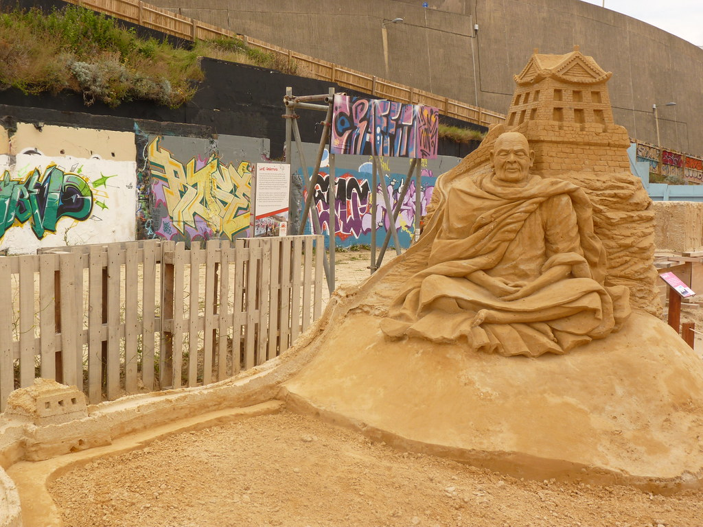 Tiebtan Monk And The Great Wall Of China Sand Sculpture Fe Flickr 1024x768
