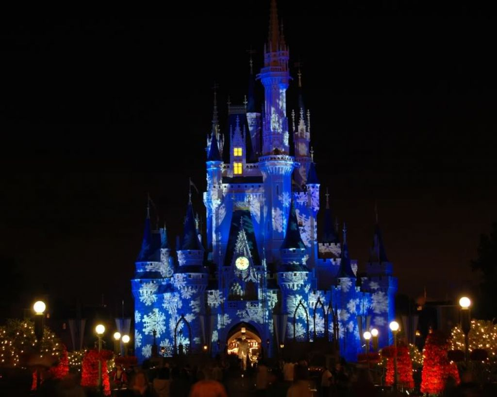 Disney Castle Wallpaper 405 Hd Wallpapers in Cartoons   Imagescicom 1024x817