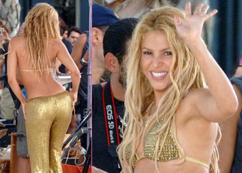 shakira gold ass 2   Shakira Photo 16436906 1075x768