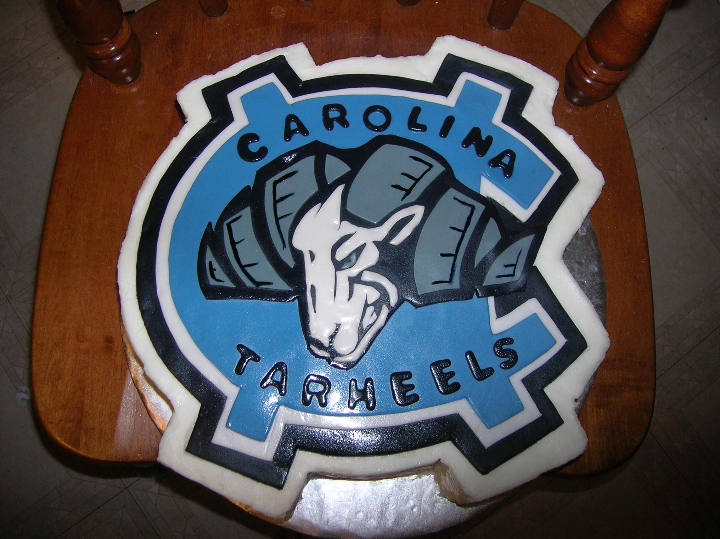 UNC Logo Grooms Cakes 2288x1712